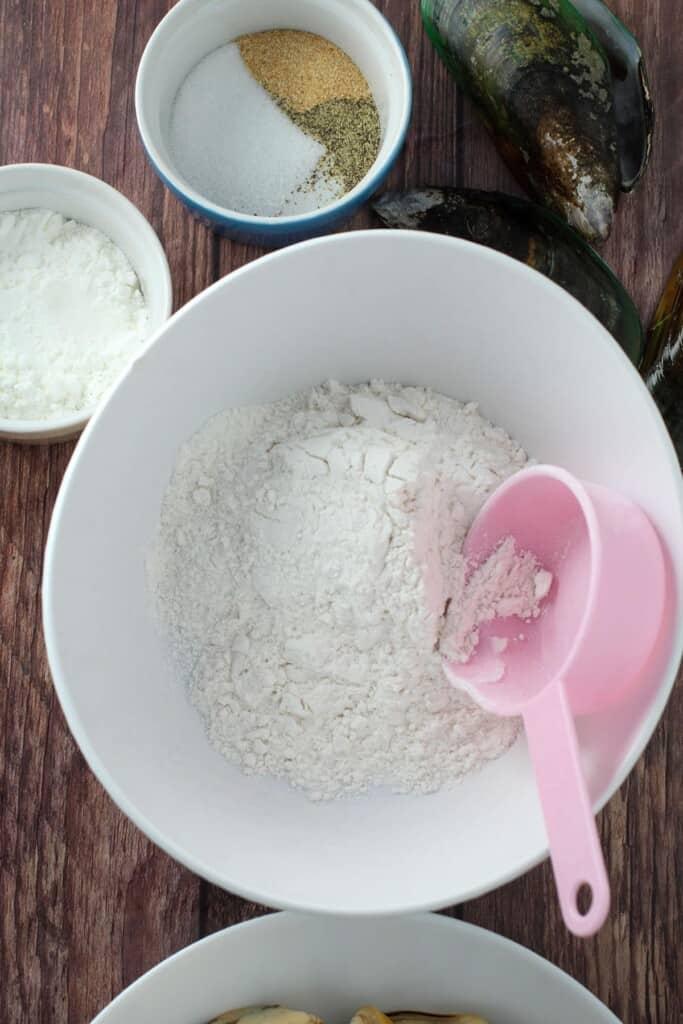 flour, cornstarch, garlic powder, salt, and pepper