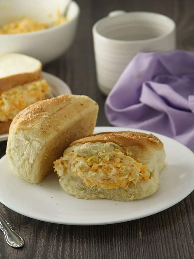 pandesal with cheese pineapple spread