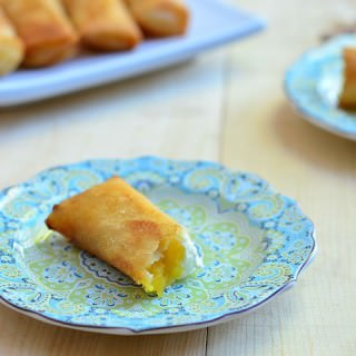 Mango and Cream Cheese Turon
