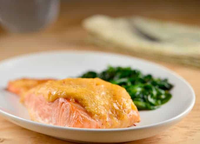 Baked Salmon with Sweet Chili-Mayo Topping