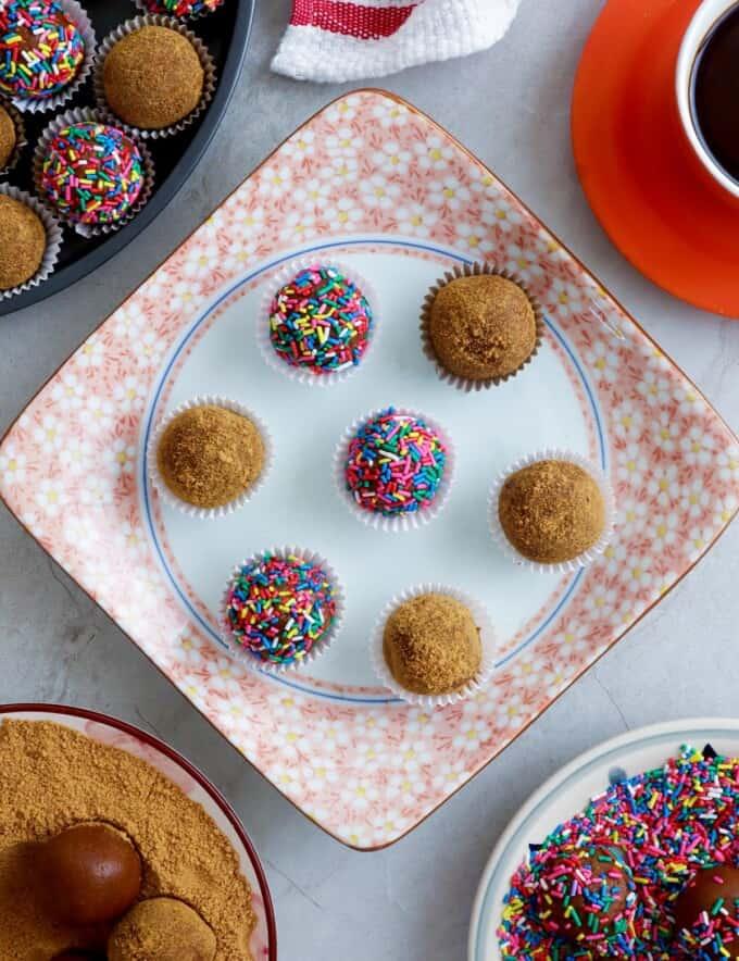 graham balls on a serving platter