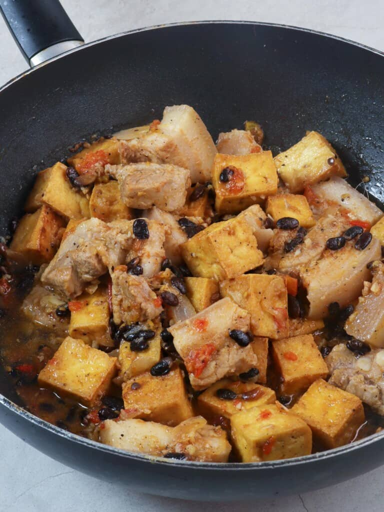 pork and tofu stew with salted black beans in a pot