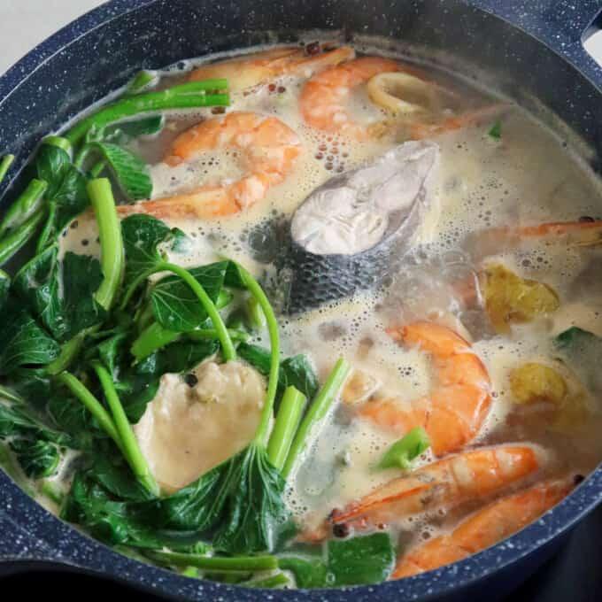 Bulanglang na Bangus at Hipon in a pot