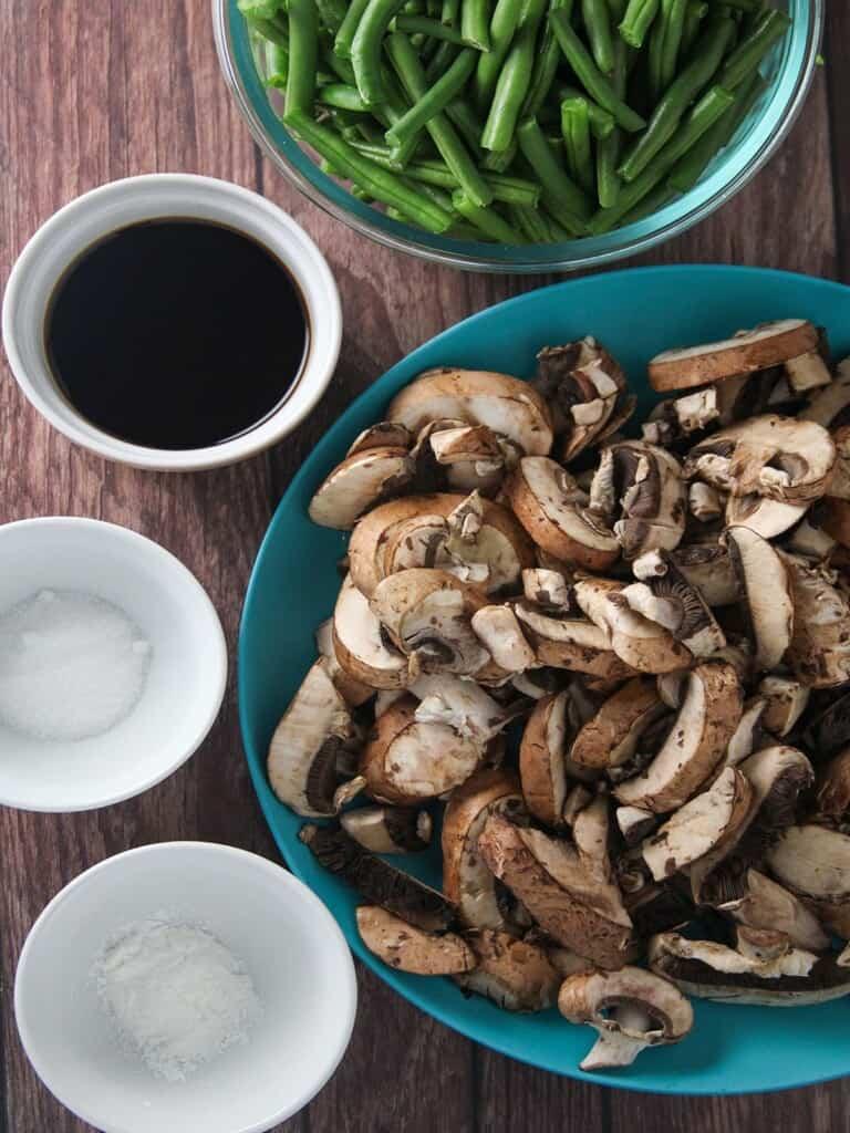 sliced mushrooms, green beans, soy sauce, sugar, cornstarch