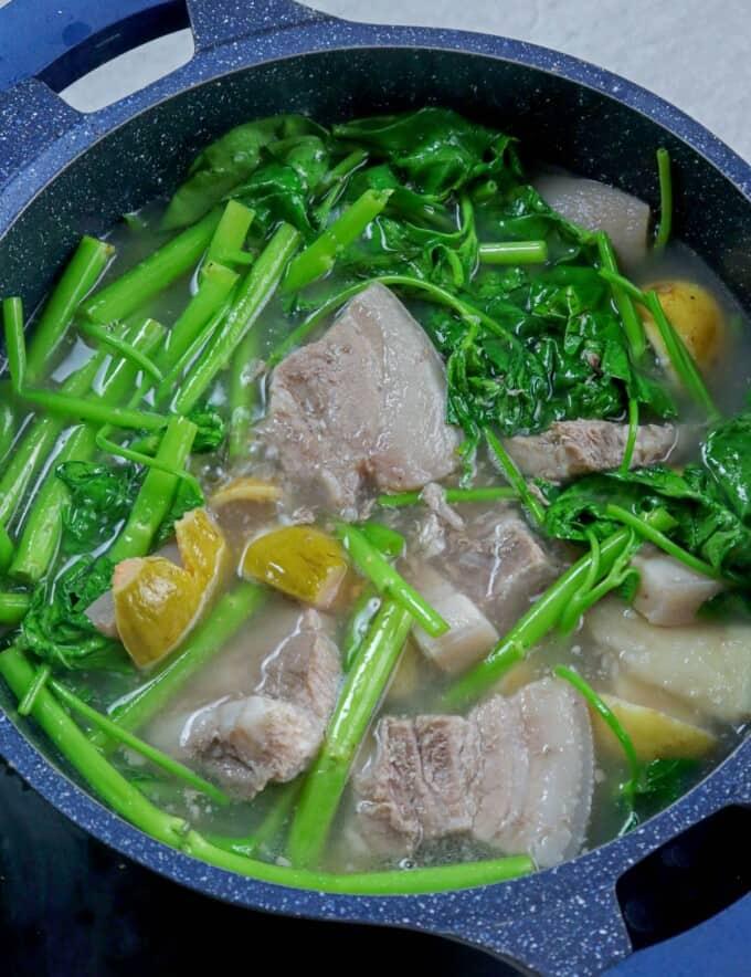 Pork Bulanglang in a pot