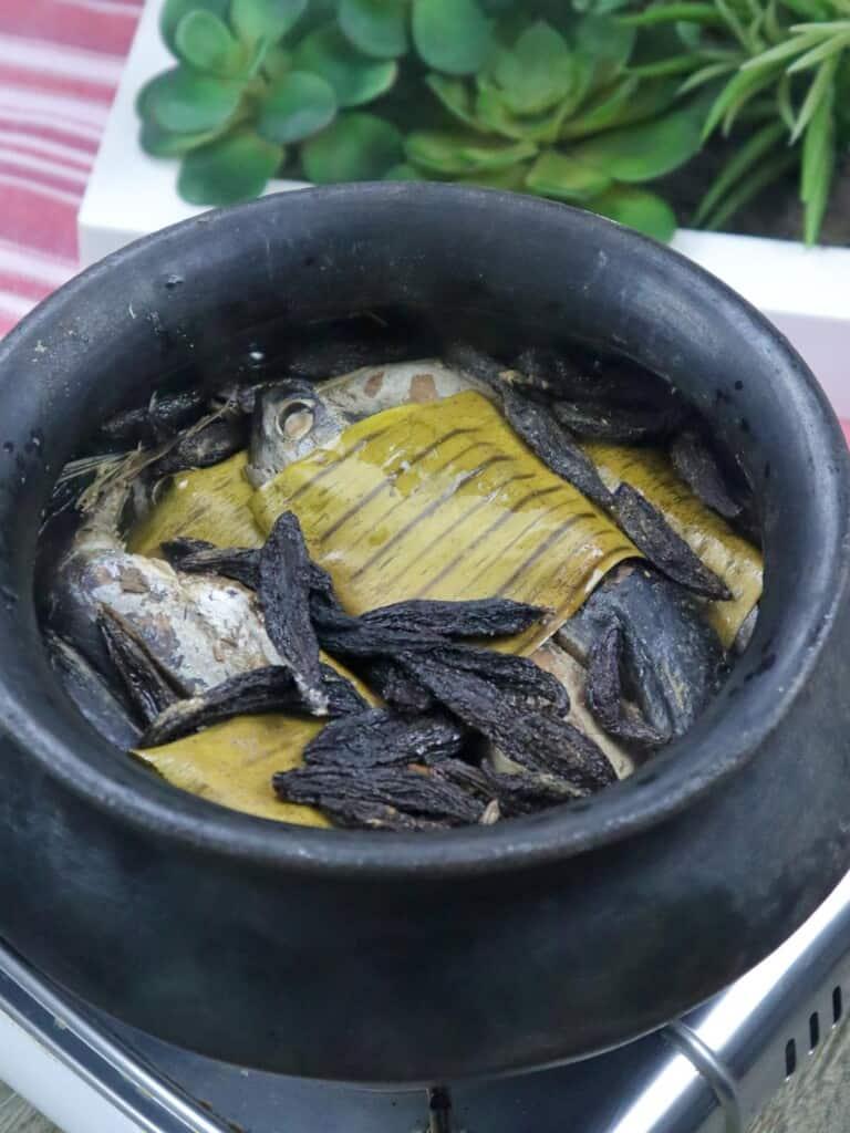 Sinaing na Tulingan in a clay pot